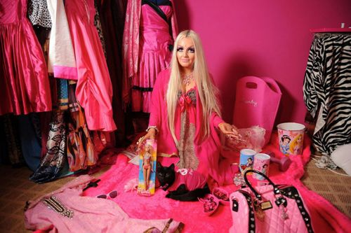 MEET-the-real-life-doll-who-sp-4703-2677