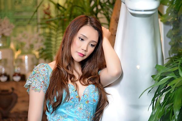 ho-quynh-huong4-8691-1387422548.jpg