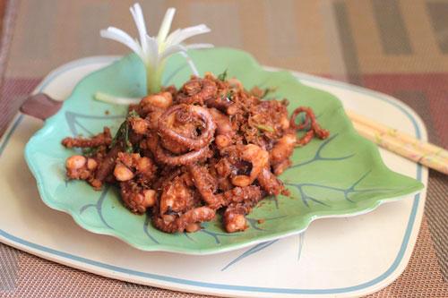 Hướng dẫn cách làm món bạch tuộc sả xào ớt