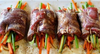 Bò cuộn rau củ nướng áp chảo 9