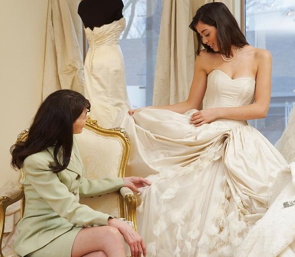 Kinh nghiệm để mua áo cưới sale đẹp và rẻ