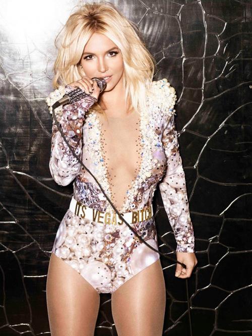 Britney-Spears1-2300-1388484706.jpg