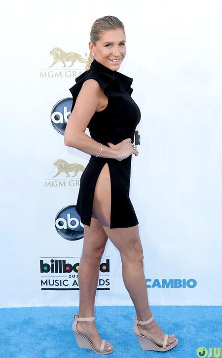 1-Kesha-1588-1388725342.jpg