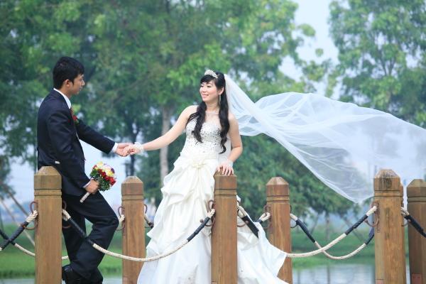 Ngày mai em làm cô dâu hạnh phúc