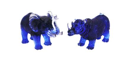 Tê giác và Voi giúp hóa giải sao số 7.
