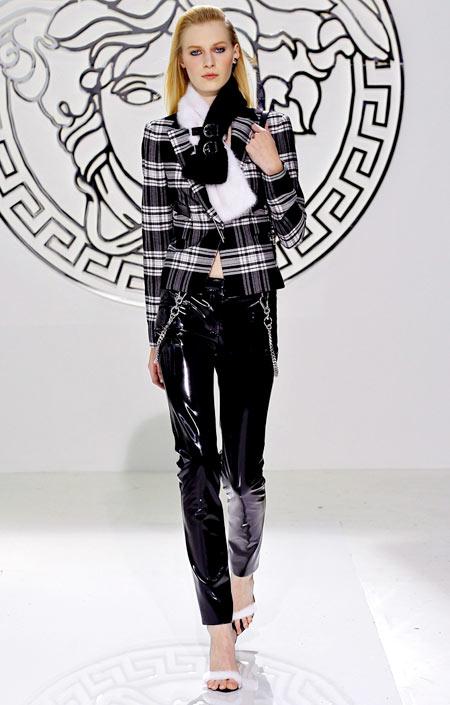 3-Versace-Winter-2013-2-2155-1389345166.