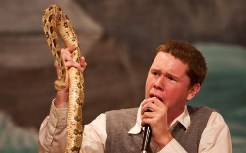 snake-worship-pas-2744467b-3719-13893460