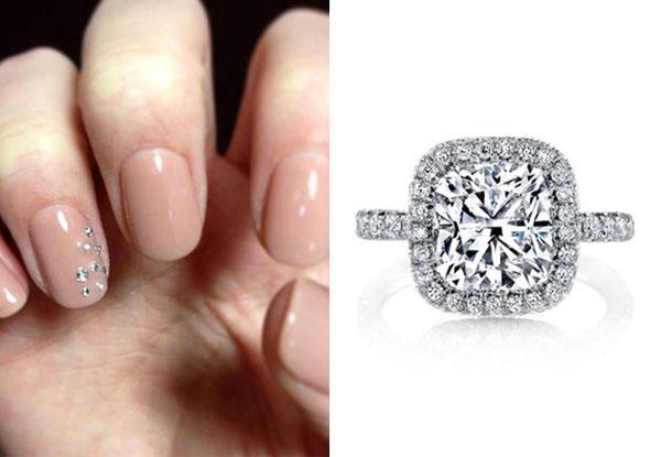 Kết hợp kiểu nail hài hòa với nhẫn cưới