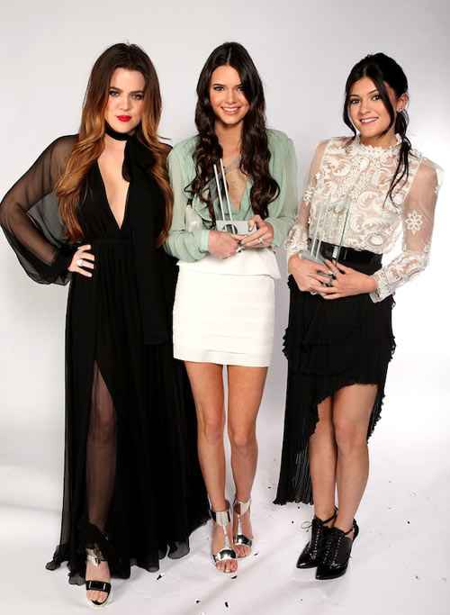 1-Kendall-and-Kylie-Stylish-Si-1389-6715
