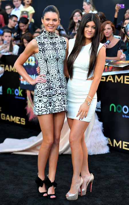 7-Kendall-and-Kylie-Hunger-Gam-5207-4625
