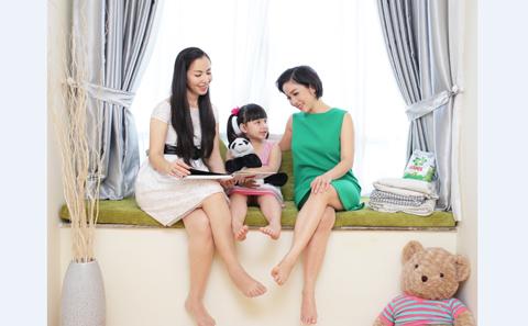 Mỹ Linh quan niệm, sau khi có gia đình, nếu biết sắp xếp, phụ nữ vẫn có thể theo đuổi những sở thích cá nhân của mình. Với sự bận rộn của chị Trang, Mỹ Linh khuyến khích chị đọc sách tại nhà, vừa có thể trông con, vừa thoả mãn sở thích cá nhân. Điều này làm cho tinh thần thêm thoải mái vì có sự chăm lo tốt cho bản thân và cũng sẽ luôn cảm thấy mới mẻ, hạnh phúc hơn trong cuộc sống. Đây là những thay đổi đơn giản nhưng sẽ giúp cho chị Trang vượt lên hơn cả tốt với cuộc sống của mình.