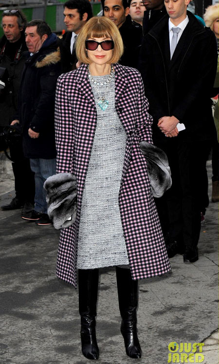 6-Anna-Wintour-at-Chanel-1940-1390451370