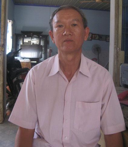 Ông Bùi Công Thành, trưởng ấp Tân Hòa kể lại thuật lại sự việc.