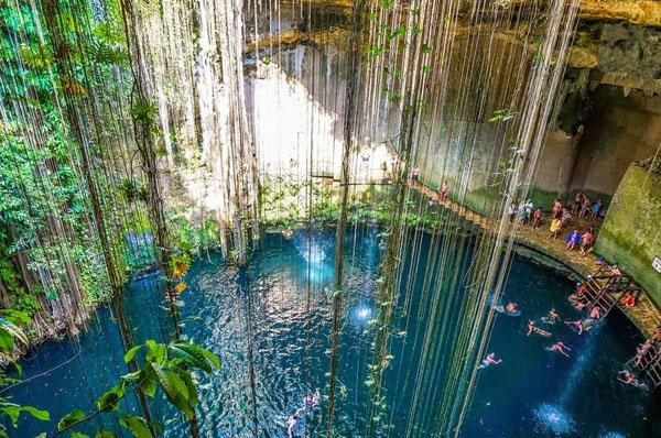 cenotes-mexico-3-3315-1390472079.jpg