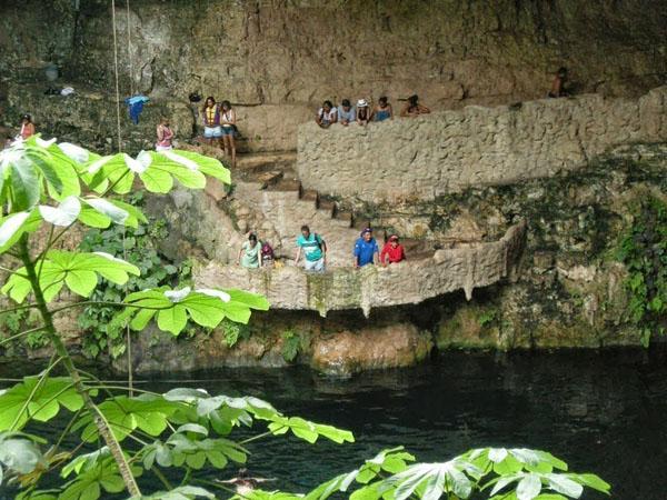 cenotes-mexico-5-1668-1390472079.jpg