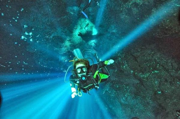 cenotes-mexico-7-3953-1390472079.jpg