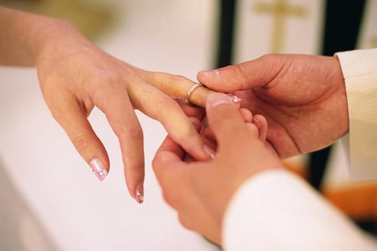 Thắc mắc về nhẫn đính hôn - Ngôi sao
