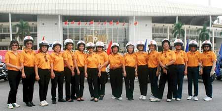 Các thiếu nữ trong đội mô tô giờ đếu đã cao tuổi.