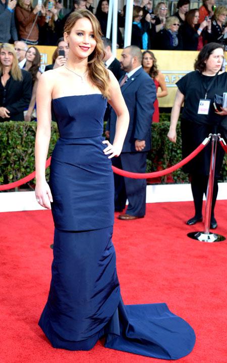 Jennifer-Lawrence-SAG-2013-2579-13917456