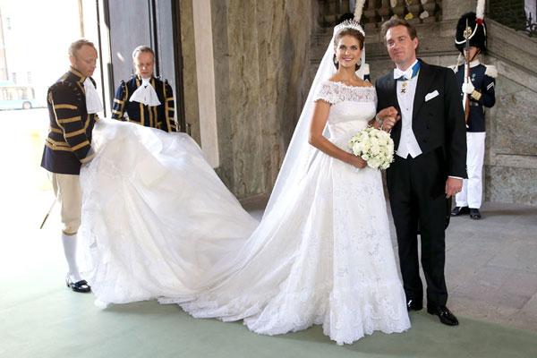 Váy cưới Valentino của cô dâu hoàng gia