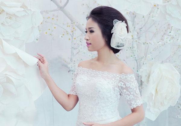 Chọn váy cưới cho cô dâu như Vân Hugo