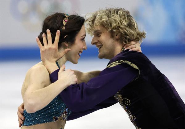 Tại Olympic Sochi năm nay, người nhảy đôi với Charlie White làMeryl Davis