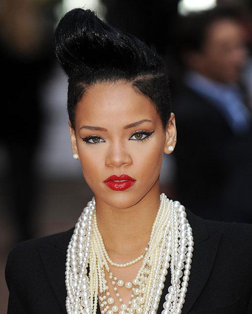 Rihanna3-3443-1393561394.jpg