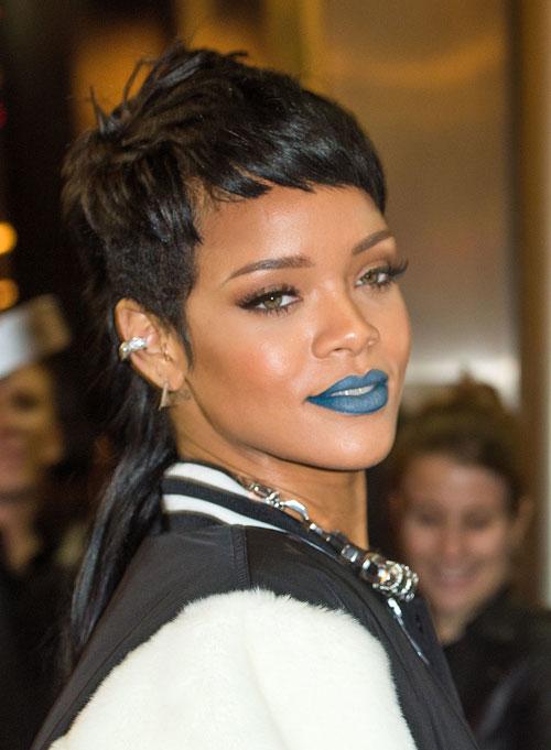 Rihanna6-8379-1393561394.jpg