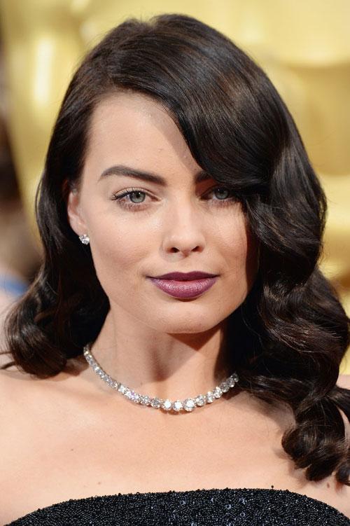 Margot-Robbie-2014-Oscars-1785-139382277