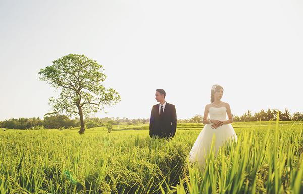 Chụp ảnh cưới ngoại cảnh mùa hè