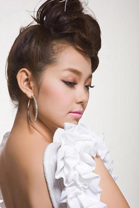 Minh Hằng thu hút với gu make up quyến rũ - hình ảnh 7