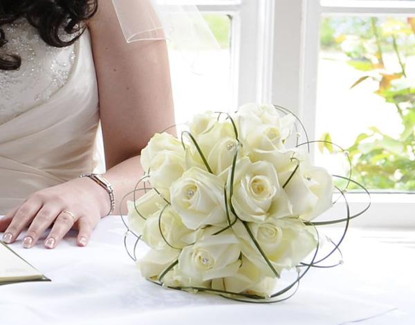ngoại cảnh Hồ Cốc hoa cuoi