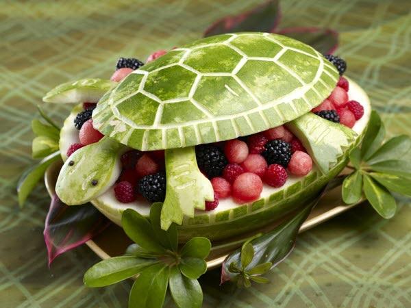 Muôn kiểu tạo hình dễ thương từ trái cây - hình ảnh 1