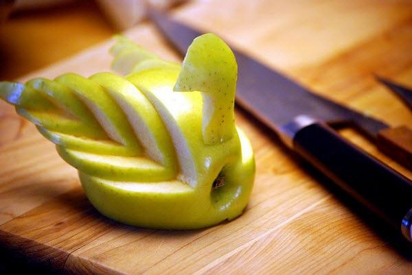 Muôn kiểu tạo hình dễ thương từ trái cây - hình ảnh 8