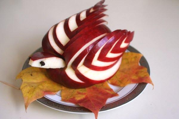 Muôn kiểu tạo hình dễ thương từ trái cây - hình ảnh 11