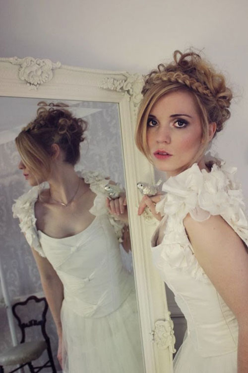 bridal-shrug-from-anna-dsou-1981-1394503