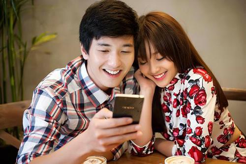 Huỳnh Anh, Khả Ngân lãng mạn mừng Valentine trắng