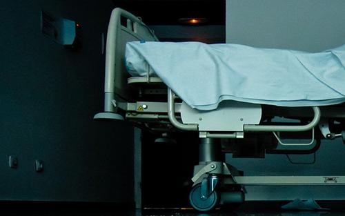 hospital-bedlarge-5847-1394768336.jpg