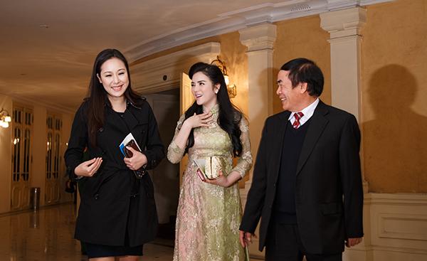 Lý Nhã Kỳ hội ngộ hoa hậu Ngô Phương Lan - hình ảnh 9
