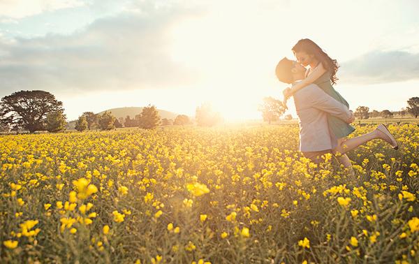Những bức ảnh cưới ngoài trời tuyệt đẹp