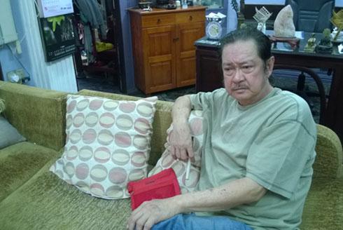 Nguyễn Chánh Tín cho rằng ông bị 'lừa đảo về phương diện tình cảm'.