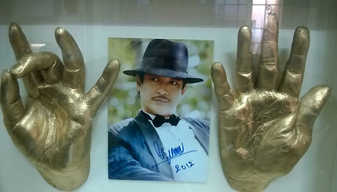 Bàn tay vinh danh thời vàng song trong sự nghiệp điện ảnh của Nguyễn Chánh Tín.