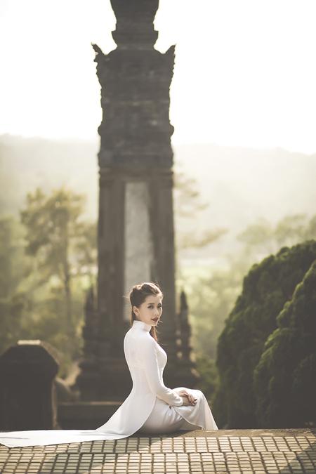 lan-huong-2-6132-1395049908.jpg