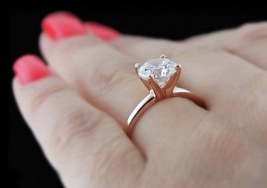 Để có chiếc nhẫn đính hôn hoàn hảo
