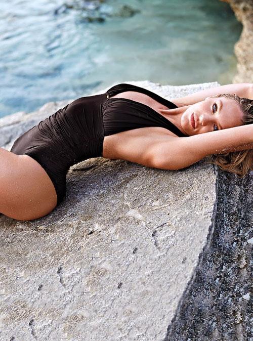 Candice-Swanepoel6-9154-1395137035.jpg