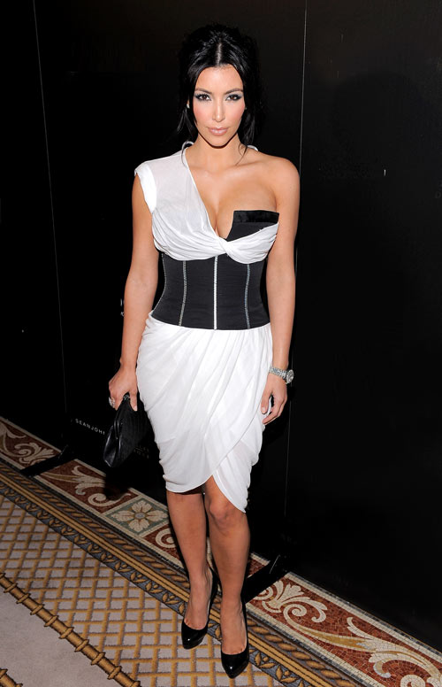 5-Kim-kardashian-in-Alexander-1438-6603-