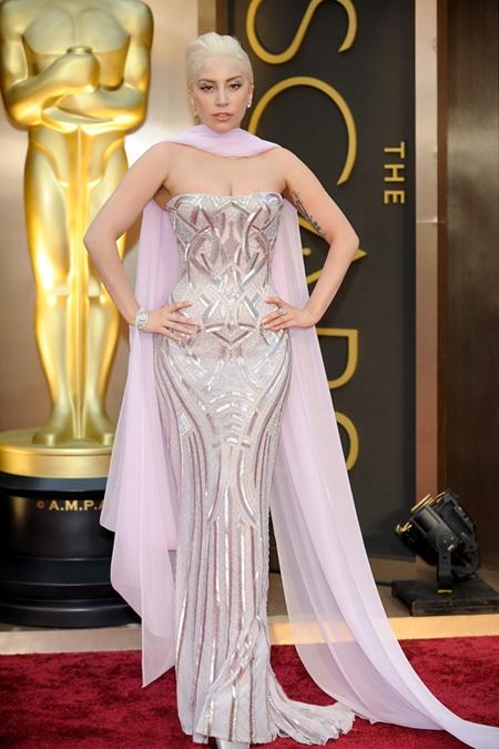 Lady-Gaga-Oscars-7106-1395312826.jpg