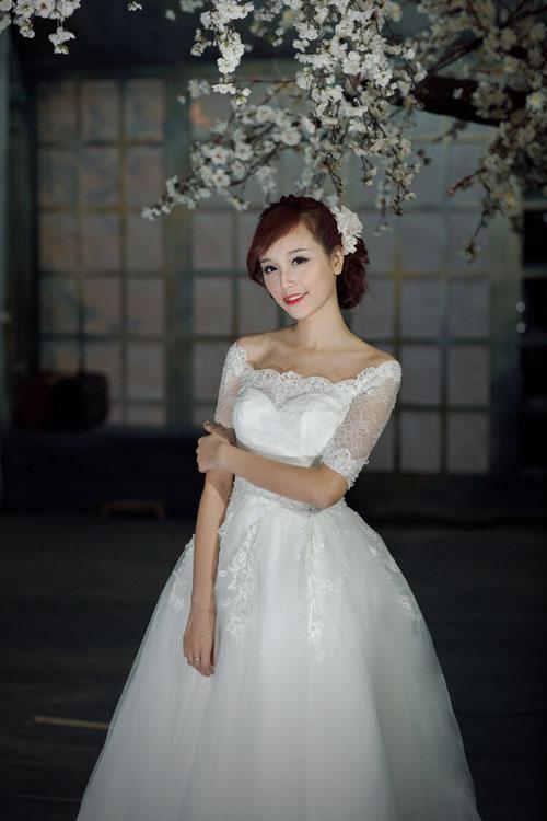 Váy cưới xòe, `cứu tinh` cho vòng 3 nhỏ