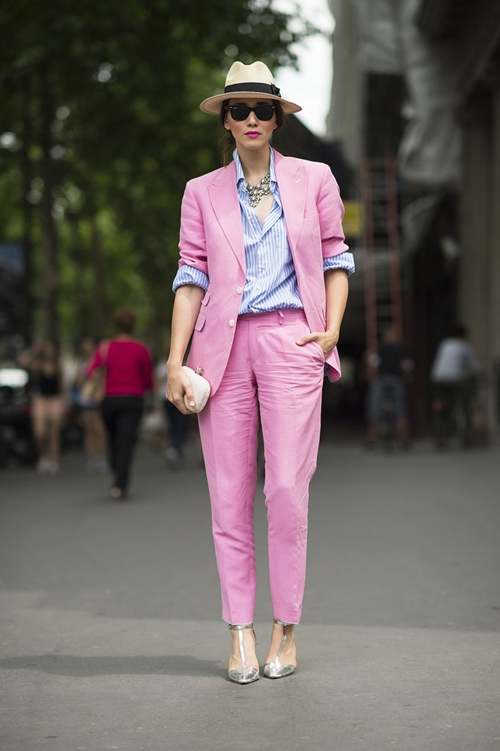 pink-suit-streetstyle-5568-1395750161.jp