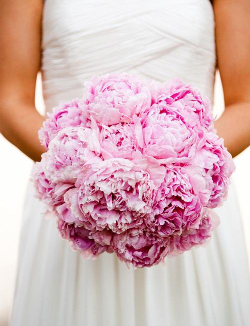 4 kiểu hoa cưới phổ biến dành cho cô dâu